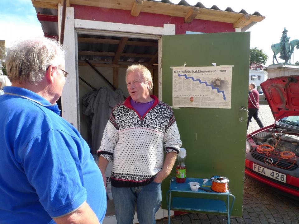 Kurt-Åke Karlsson, förstanamn på valsedeln, har intervjuats av flera tidningar.